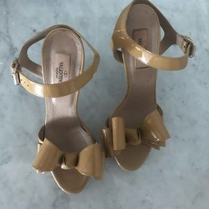 Valentino high heels nude 37 🛑Nice offer welcome
